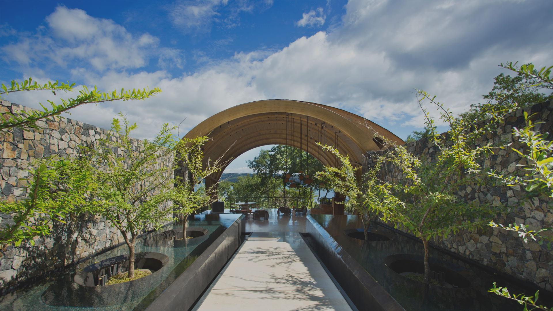 Slider-Entrance